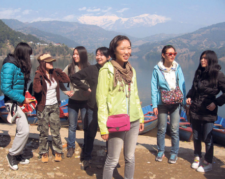 Service in Chinese for Chinese tourists at TIA