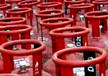 NOC raises LPG price by Rs 25 per cylinder