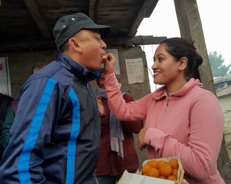 Dhurmus-Suntali celebrate 10th wedding anniversary  with flood victims (Photo feature/video)