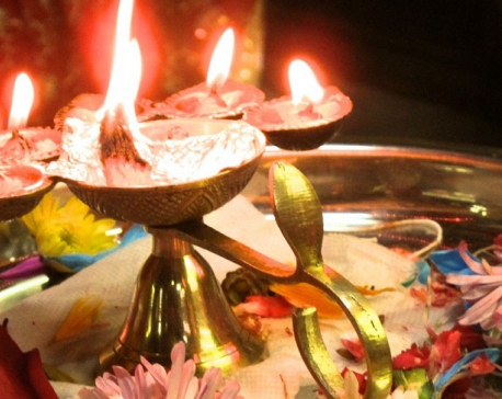 Govt directs temples to conduct only daily rituals during Navaratri