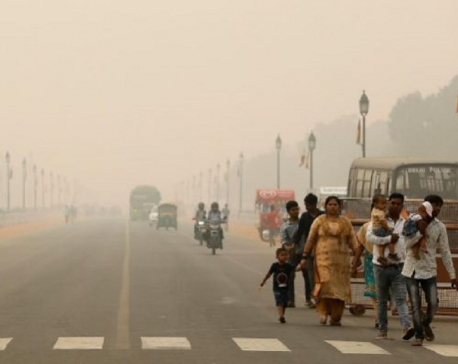 Schools in New Delhi shut until November 5 as air pollution severe