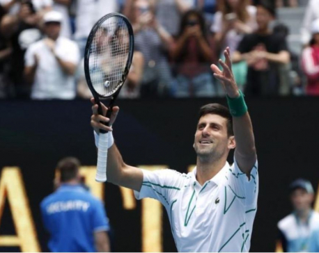Djokovic swats aside Ito to reach Australian Open third round
