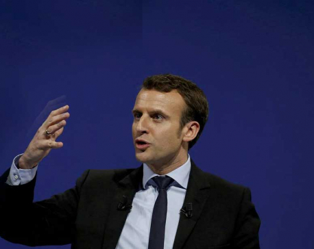French President unscheduled visit to Saudi Arabia