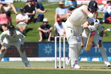 New Zealand's Wagner removes Root in first England test