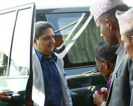 Former king Gyanendra leaves Jhapa for Kathmandu after receiving vehicle permit from local administration
