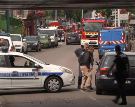 2 attackers, 1 hostage killed in France church attack