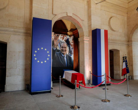 France bids farewell to ex-president Chirac