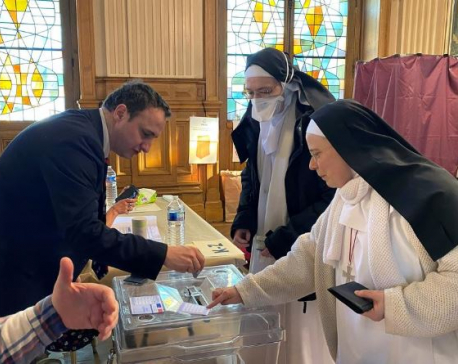 Despite coronavirus restrictions, French vote in local elections
