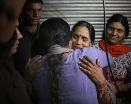 India hangs 4 men convicted for fatal New Delhi gang rape