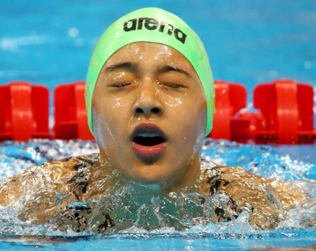 Gaurika donates swimsuit to IOC Meuseum