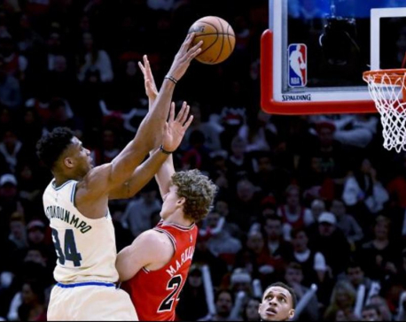 Antetokounmpo scores 23 in return, Bucks beat Bulls 123-102