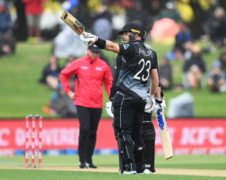 Phillips hits fastest T20 ton for New Zealand as hosts bag series