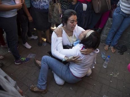 Fire hits Guatemala children's shelter, killing at least 22