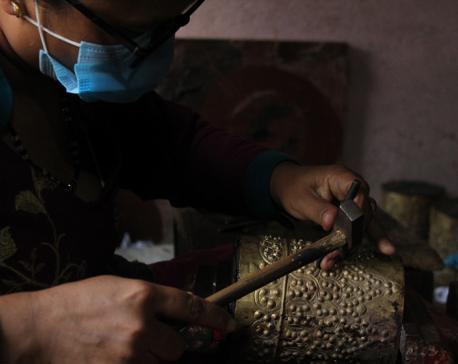 Handicraft entrepreneurs wary of decreasing orders and slow business