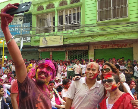 In pictures: Holi Hai !