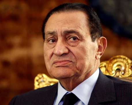 Egypt's former leader Mubarak walks free for first time in six years : lawyer