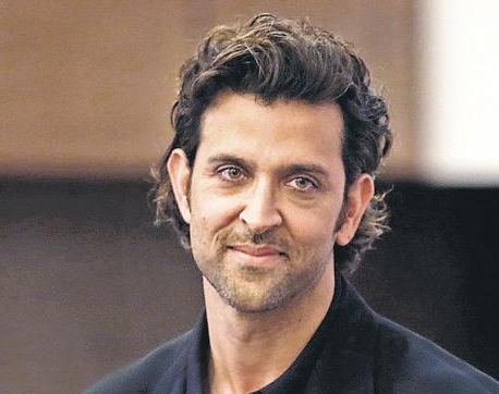 Hrithik Roshan's Facebook account hacked!