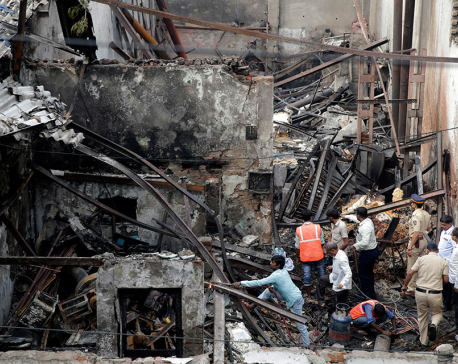Overnight fire kills 12 snack shop workers in India
