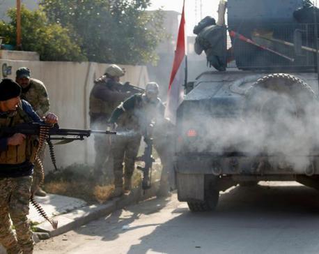 Iraqi forces advance against Islamic State in Mosul night raid, says spokesman