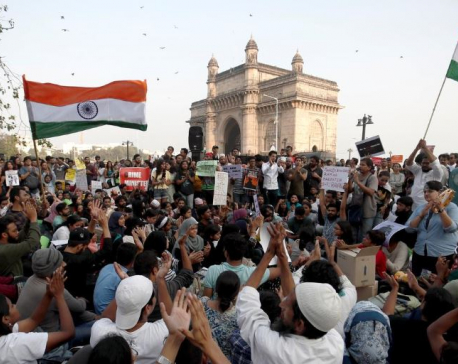 Facing criticism, Delhi police probe attack on students at elite university