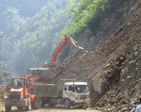 2 police killed, 2 missing as landslide hits van, truck
