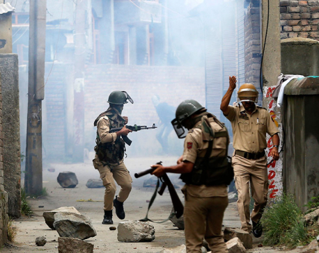3 Kashmir rebels killed in fighting with Indian troops