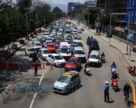 PHOTOS: Kathmandu streets witness increasing traffic on 72nd day of lockdown