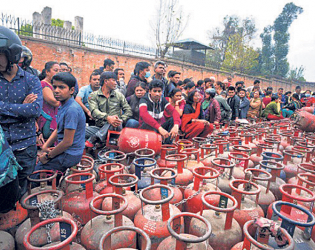 Gas bottlers asked to sell half-filled cooking gas cylinders