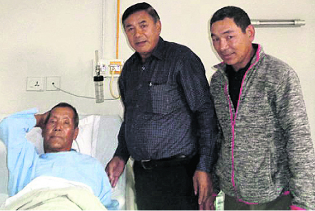 10 times Everest summitter Ang Rita shifted to general ward