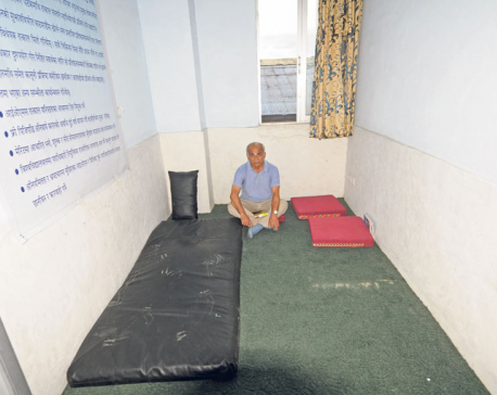 DR KC begins fresh hunger strike