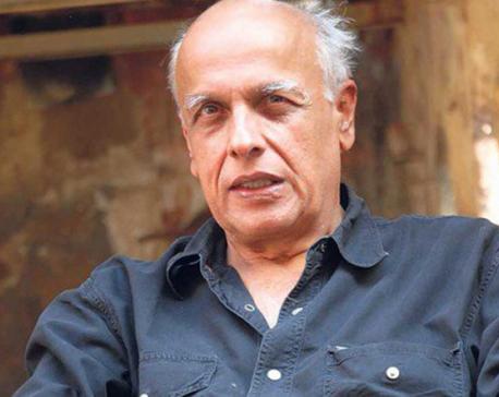 Mahesh Bhatt receives death threat; lodges police complaint