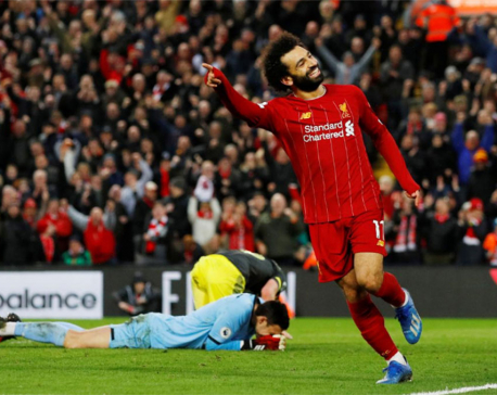 Liverpool surge on, Leicester and Chelsea draw, United held
