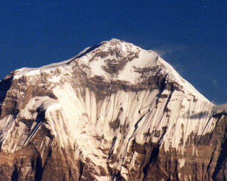 Dhaulagiri base camp draws huge number of tourists after a hiatus of several months