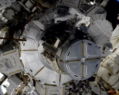 Helmet trouble strikes 2nd all-female spacewalk