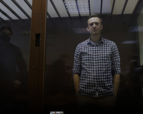 Kremlin critic Navalny loses appeal against jail term