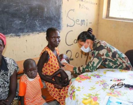 Nepali Peace Keepers provide treatment to 400 civilians