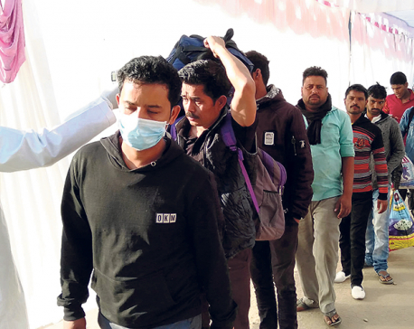 Health desks at border check points ill equipped to handle influx of people