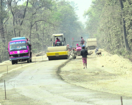 Traffic to remain suspended for six hours a day in Naraynagadh-Muglin road