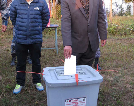 Dahal casts his vote from Bharatpur