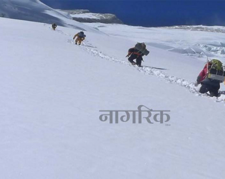 Russian climbers safe despite losing contact in Annapurna: DOT