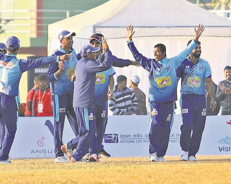Titans set up title clash with Rhinos after Blasters win