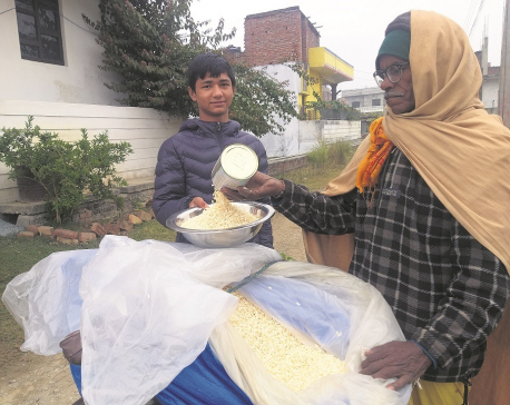 Man selling puffed rice earns more than son working abroad