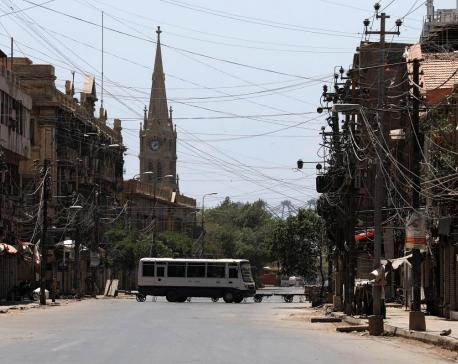 Pakistan to lift lockdown from Saturday, despite rising COVID-19 curve