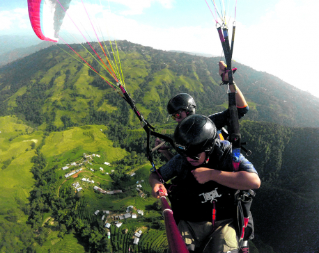 Paragliding over Kathmandu attracts tourists