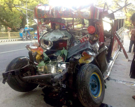 20 dead as bus collides with van in northern Philippines