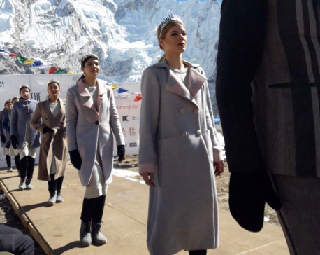 'Mt Everest Fashion Runway' concludes in Kala Patthar with a world record