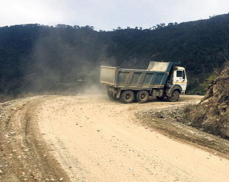 Overloaded trucks take toll on Ghorahi-Holeri Road