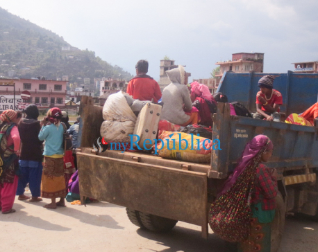 Photos: A difficult journey from Kathmandu to Rolpa with children on tipper
