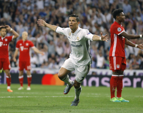 Ronaldo hat trick puts Madrid into Champions League semis