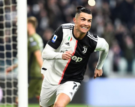 Ronaldo scores second-half hat-trick as Juve thump Cagliari